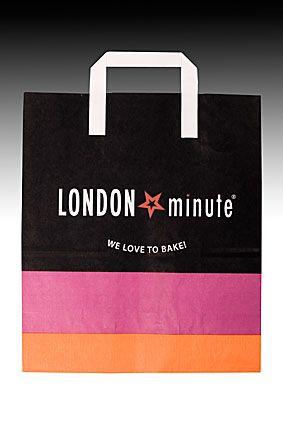 Хартиена чанта 26/13/30 см LONDON MINUTE 250 бр